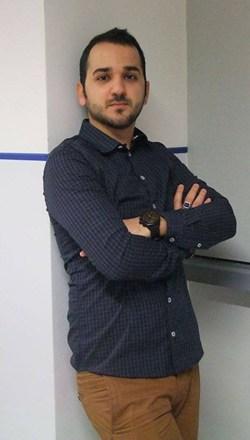 Siamak Kavoosi Far