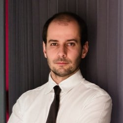 Adriano Neves