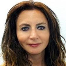 Helga Arminak