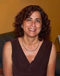 Mónica Flores Llorach