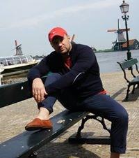 Roman Zelyak