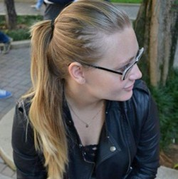 Carol Macan