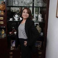 Mônica Flores