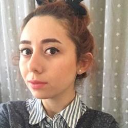 Özge Altınova