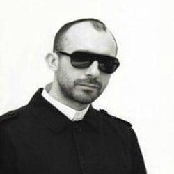 Jonathan Levien