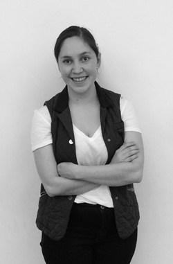 Estefi Rosales