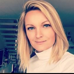 Laura F. Stål