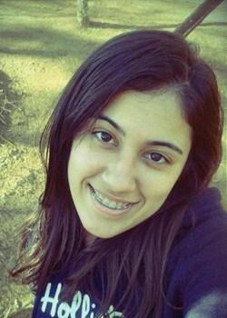 Lola Neves