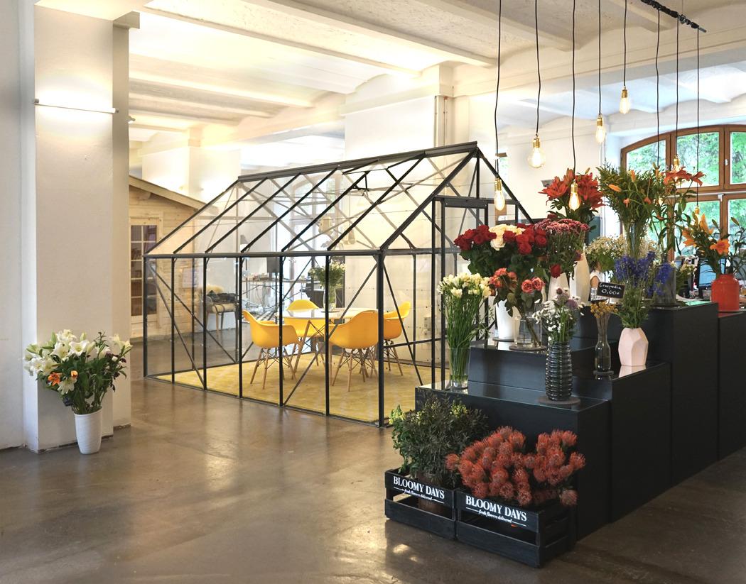 Bloomy Days Bruzkus Batek Architekten