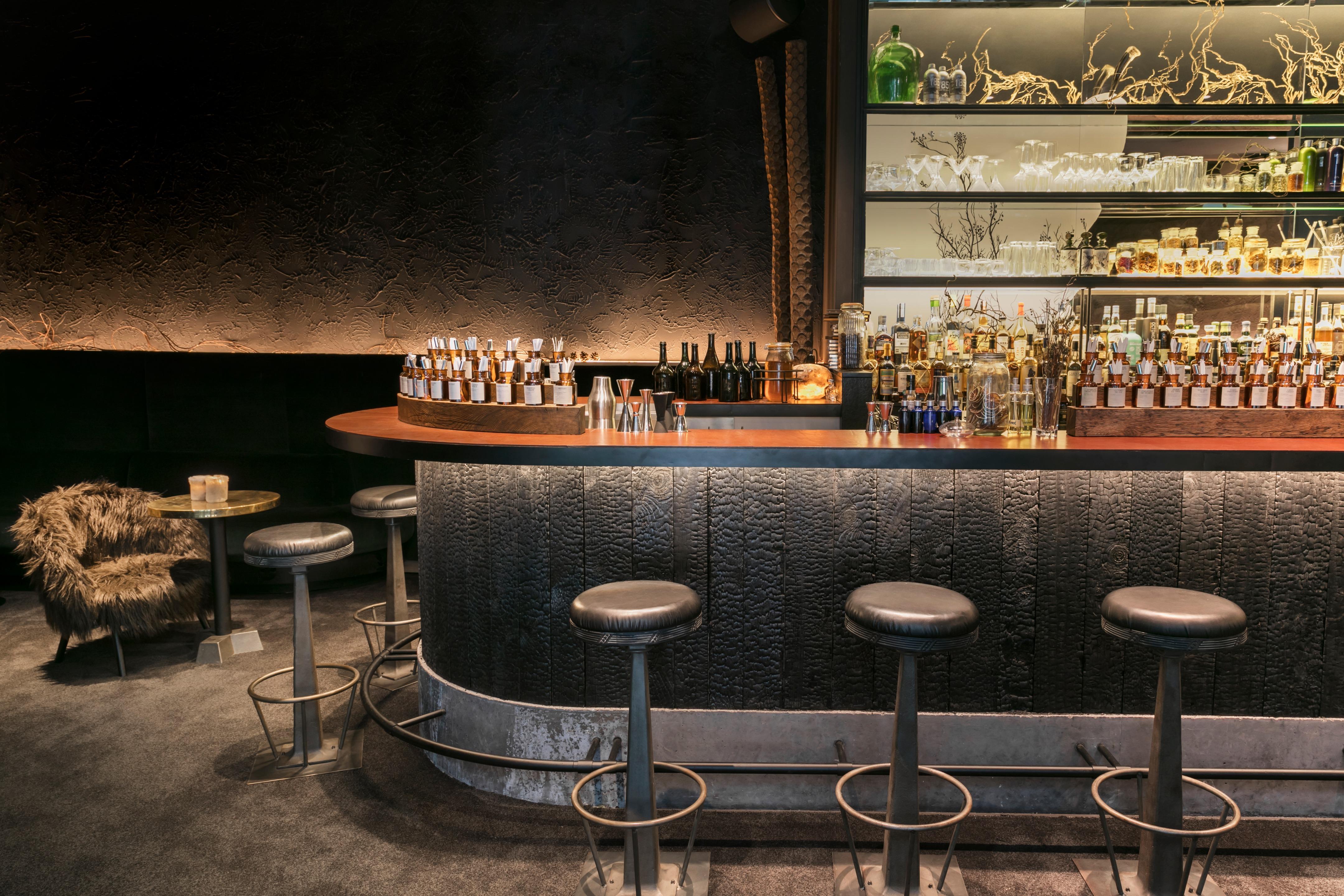 Bar En Pierre De Taille hôtel national des arts & métiers   raphaël navot studio