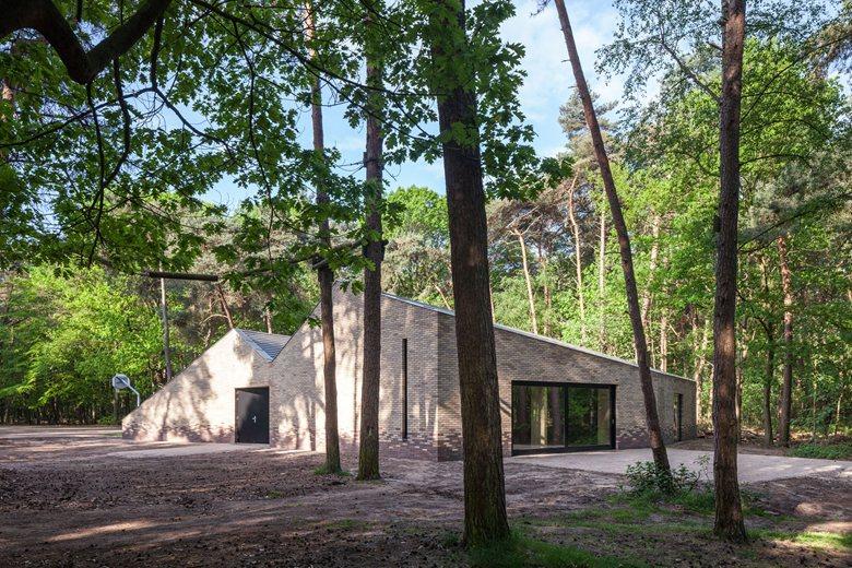 Multipurpose theater pavilion Zonnewende