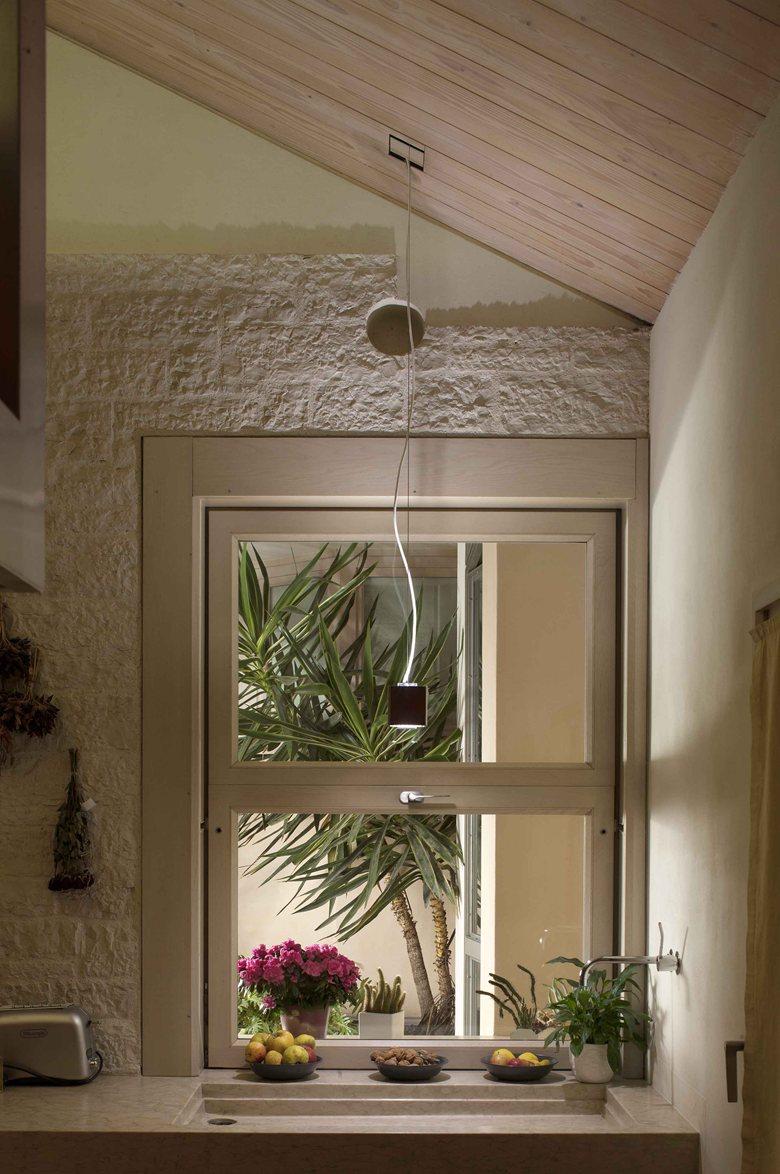 Il sistema componibile di illuminazione a LED Aullight in una residenza privata vicino a Bassano del Grappa