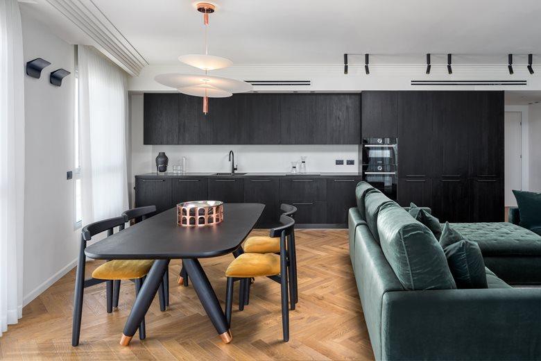 SeaView Luxury Apartment