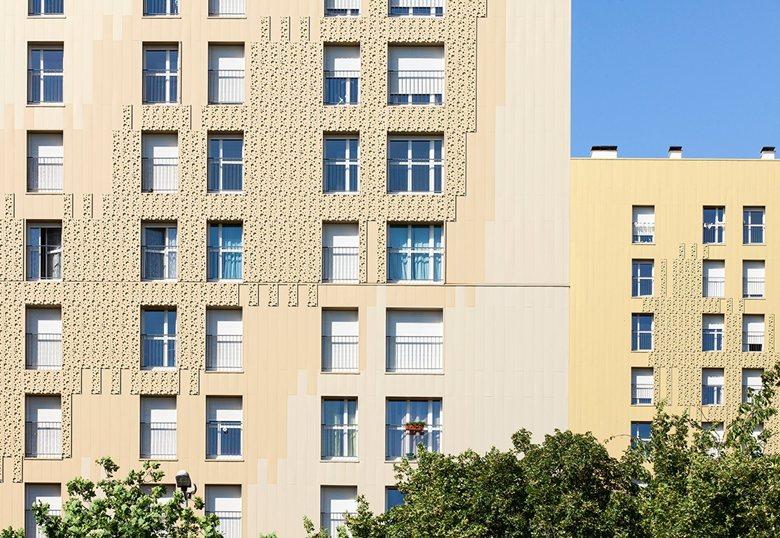 Rehabilitation of 348 housing