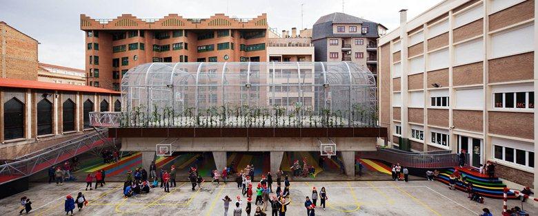 Pista deportiva elevada Colegio LaSalle-Franciscanas