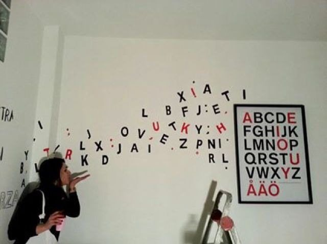 """""""Words"""" Art to education. CRI.SI. study center"""