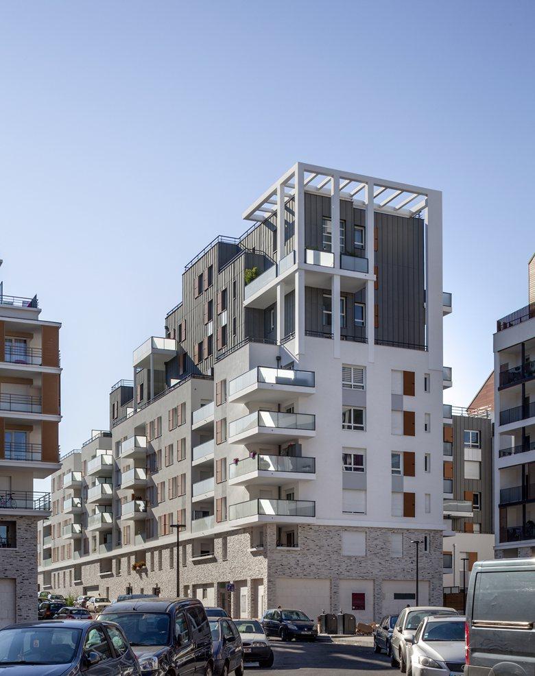 Construction d'un ensemble de 95 logements BBC avec commerces