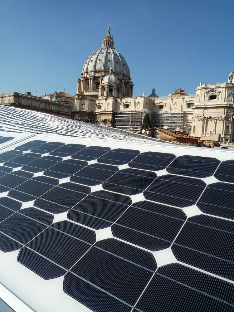 Copertura solare dell'Aula Paolo VI in Vaticano