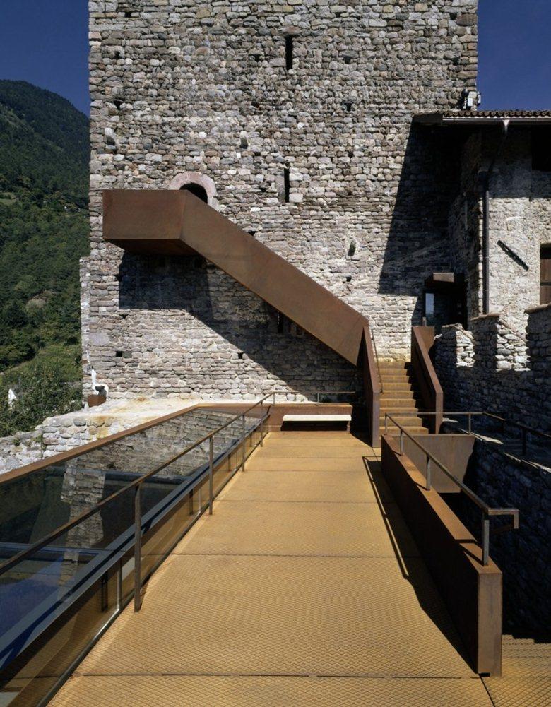 Restauro e allestimento museale di Castel Tirolo