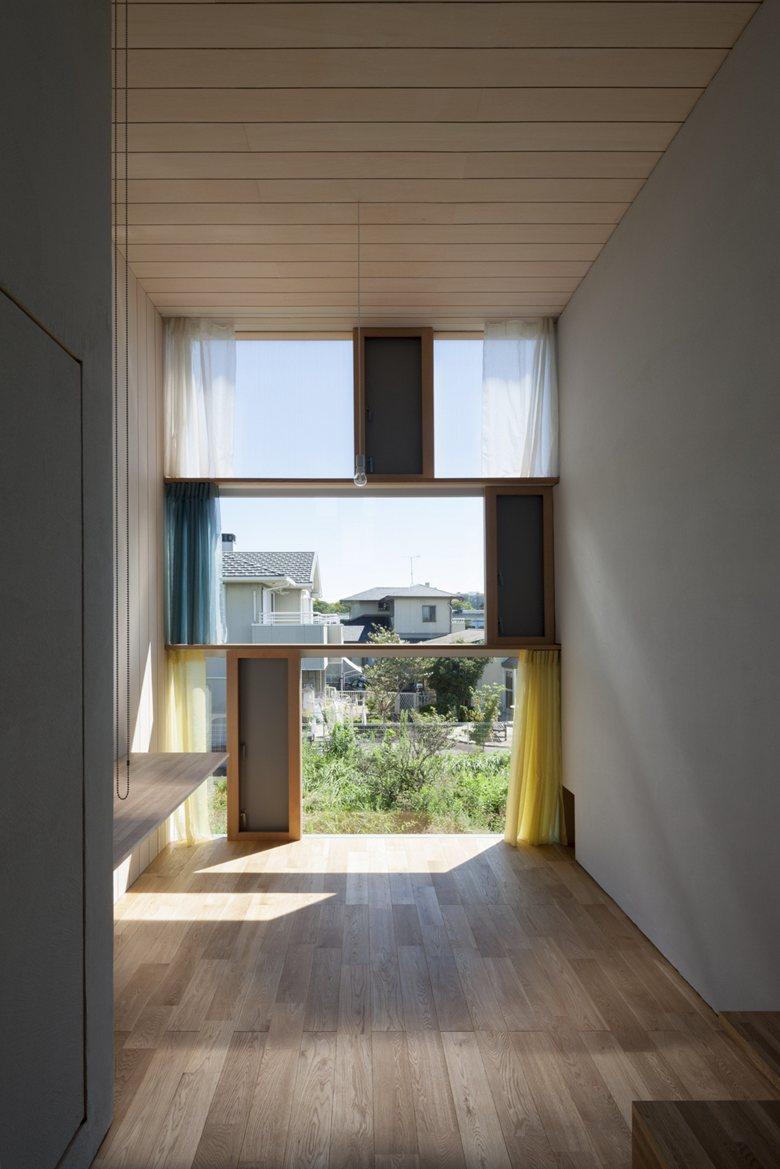 House Passage of Landscape