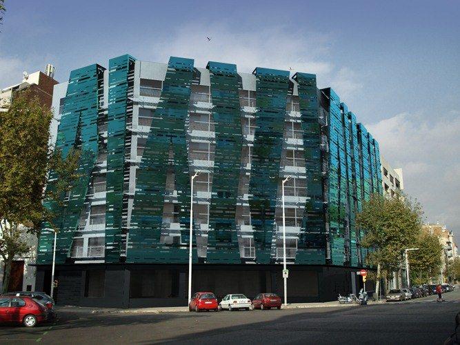 Remodelacion fachada edificio de oficinas