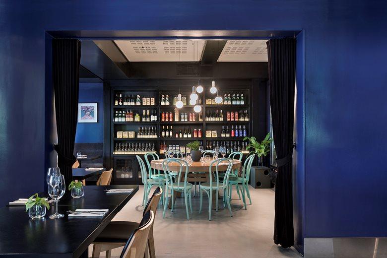 IZB8 - Bar Restaurant design