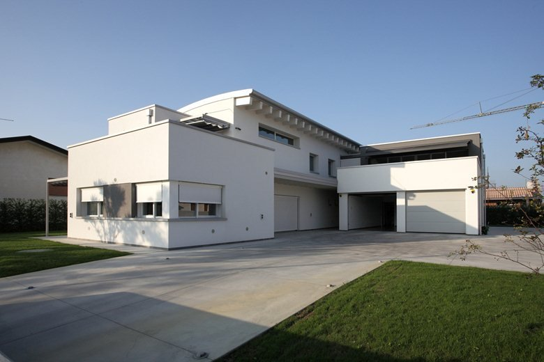 NMJ house