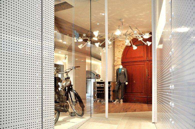 Ferracin Via XX Fashion Boutique