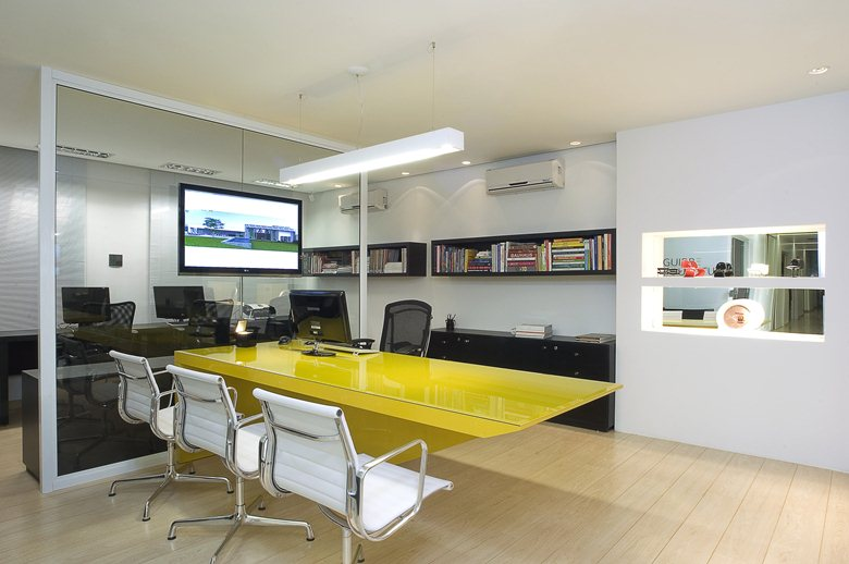 Office Aguirre Architecture