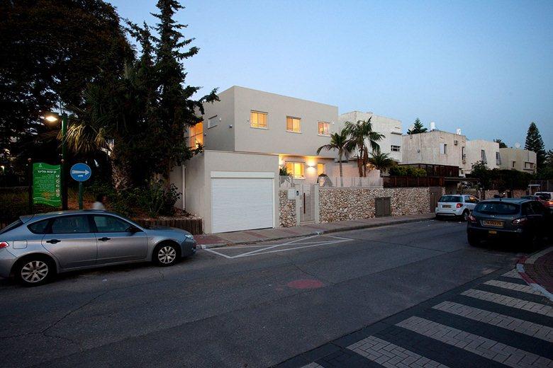 SZ House