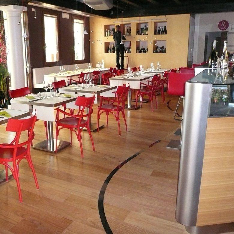 Restyling ristorante con creazione di un bistrot