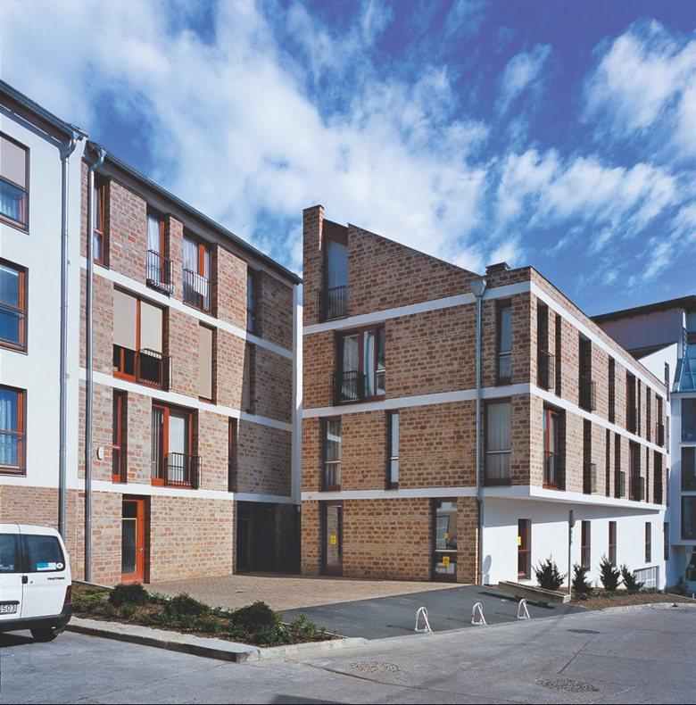 Complesso per residenze e uffici