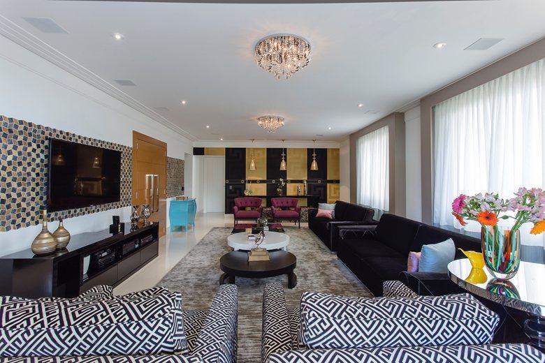 Apartment 300 m2