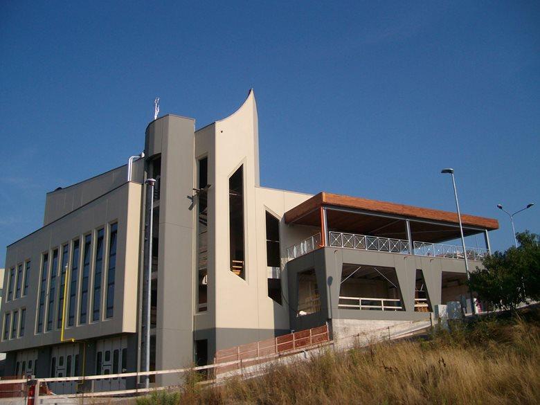 LE ALLODOLE - CENTRO COMMERCIALE E DIREZIONALE - COMMERCIAL CENTRE & OFFICE DISTRICT