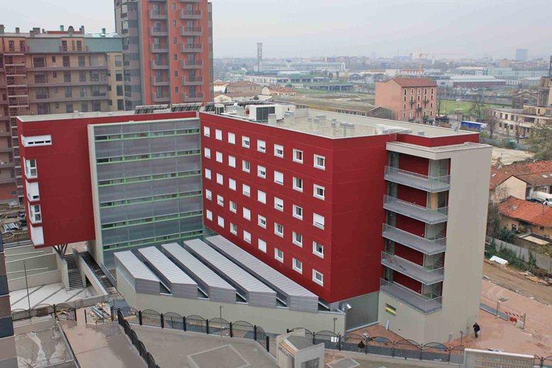 Residenza temporanea per studenti in via Cosenz