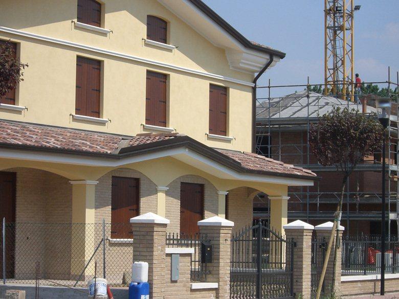 costruzione di due villette gemelle in provincia di modena