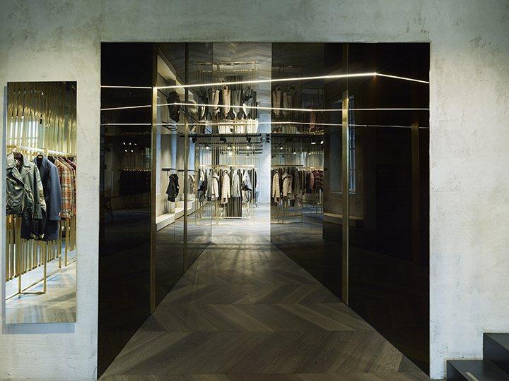 Extension of Lardini Showroom in Milan
