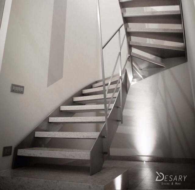 Desary Stairs