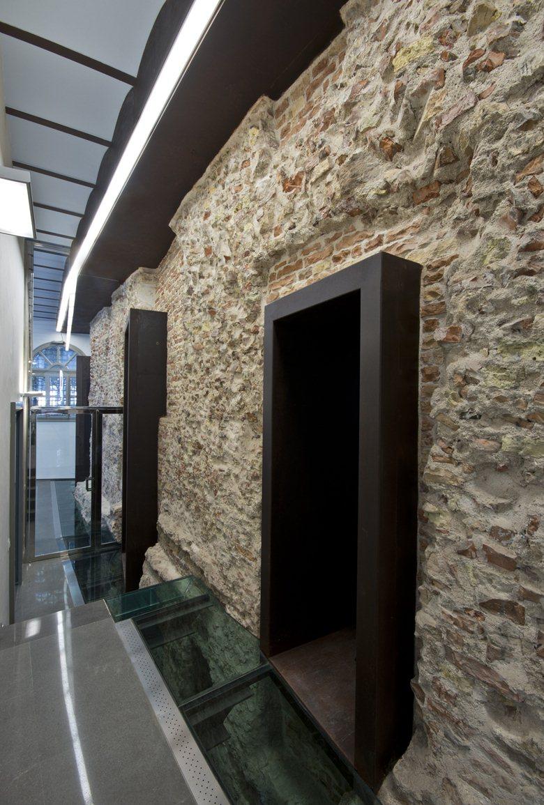 Palazzo Agolanti_Pedrocca (Ex Banca d'Italia)