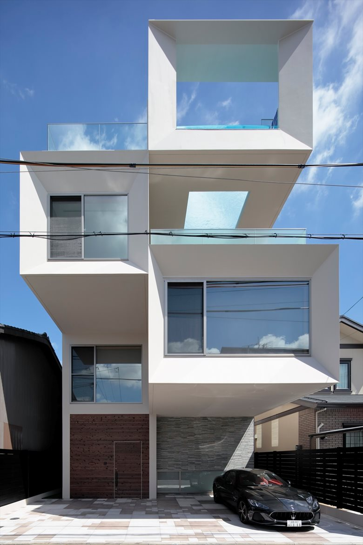 Concrete Square Tube House