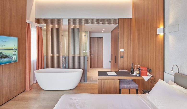 Ocelle, Botique Hotel 4*S