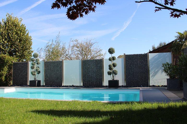 Privacy in piscina