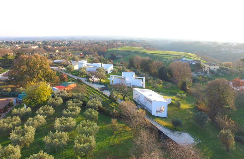 Finestre sul Fiume|Houses for Drones