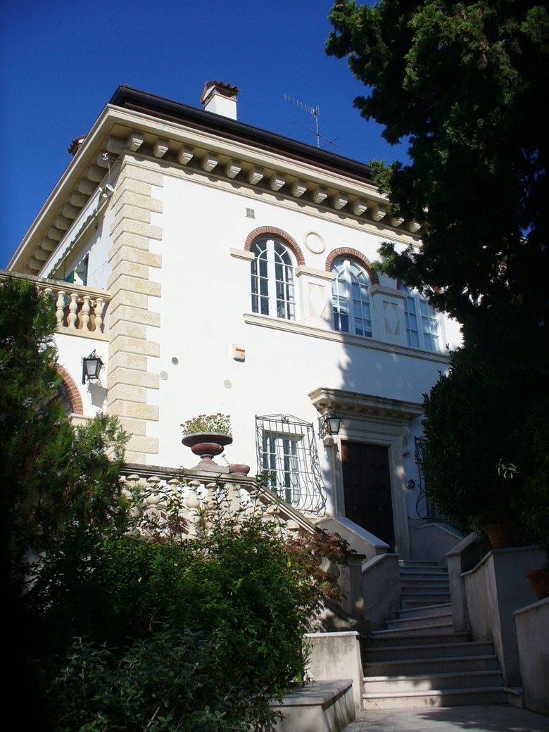 Restaro di una Villa Liberty a Verona