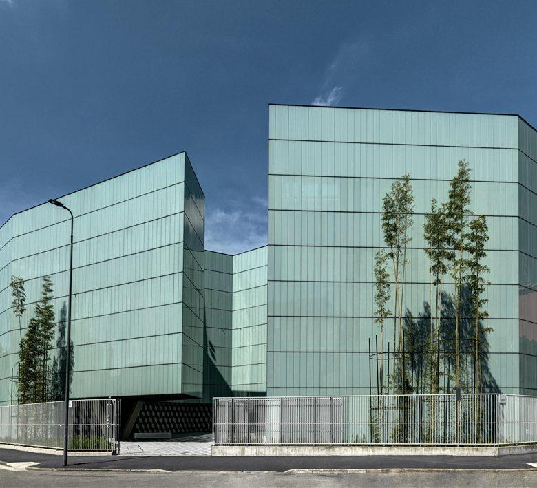 Edificio per Uffici e Centro Elaborazione Dati