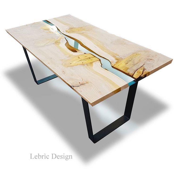 Tavoli in resina e legno