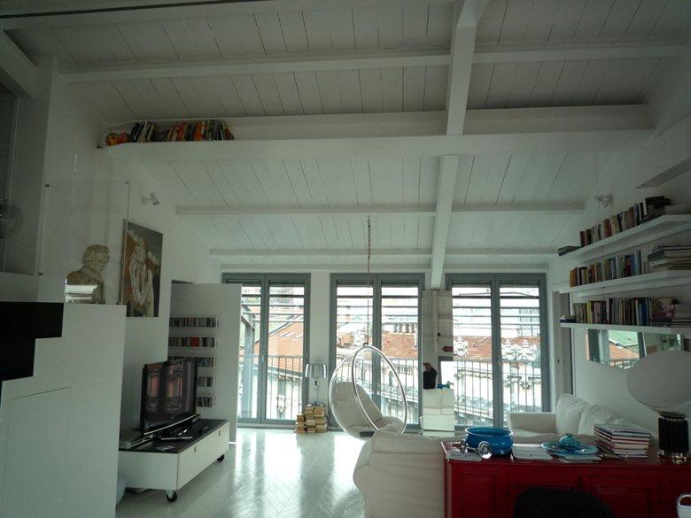 Realizzazione di nuova unità residenziale in volume mansardato presso area centrale di Milano