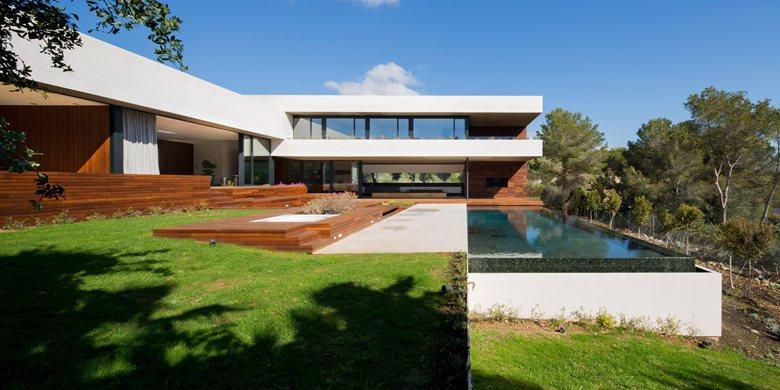 L20 House