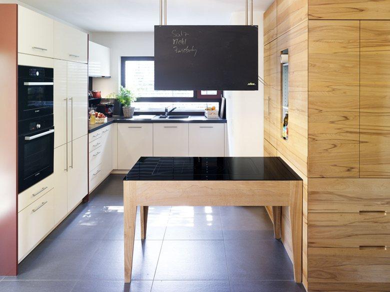 Kitchen and livingroom design