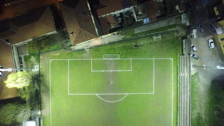 Illuminazione campo da calcio